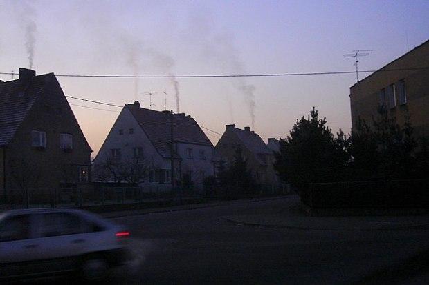 640px-A-zanieczyszczenie_powietrza